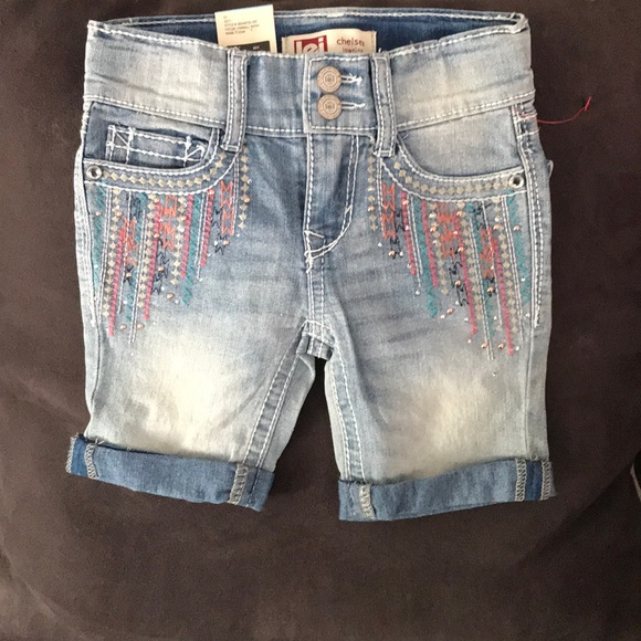 lei Other - girls jean /capri length shorts